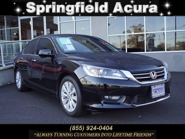 Pre-Owned 2015 Honda Accord 4dr I4 CVT EX-L w/Navi