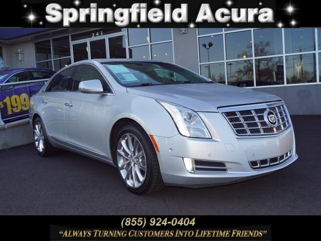 Pre-Owned 2014 Cadillac XTS 4dr Sdn Luxury FWD